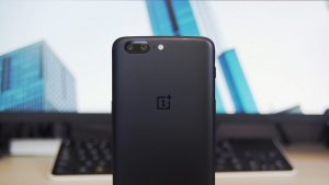 Kudos! OnePlus 5 Gets Face Unlock Roll Out of Stable OxygenOS 5.0.2